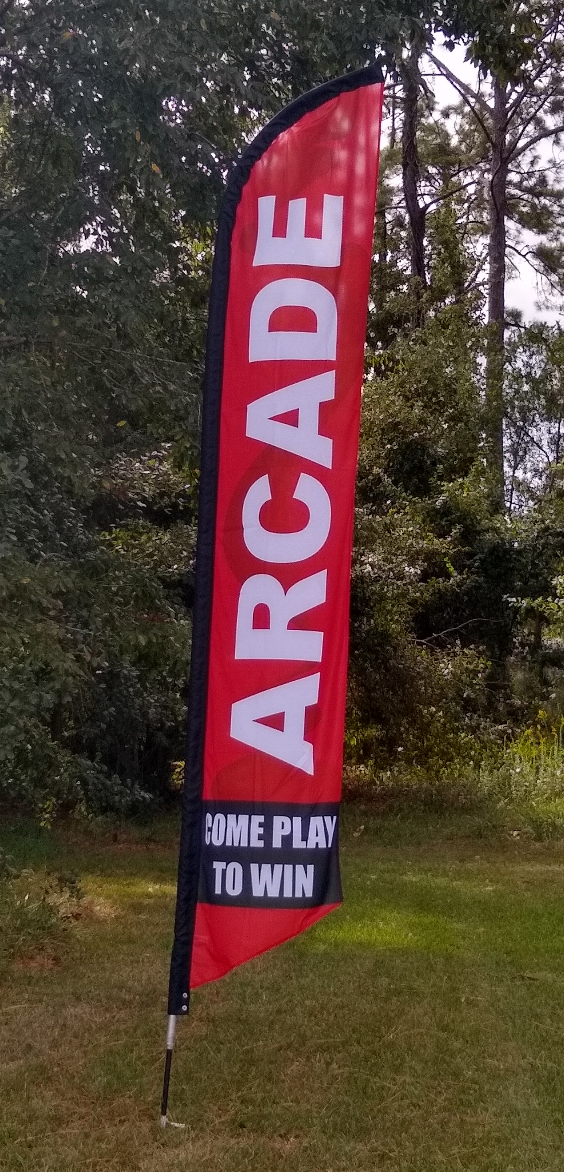 ARCADE COME PLAY TO WIN swooper banner sign flag